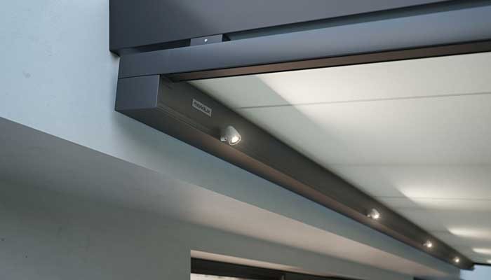 markilux 779 with integrated LED spot lights